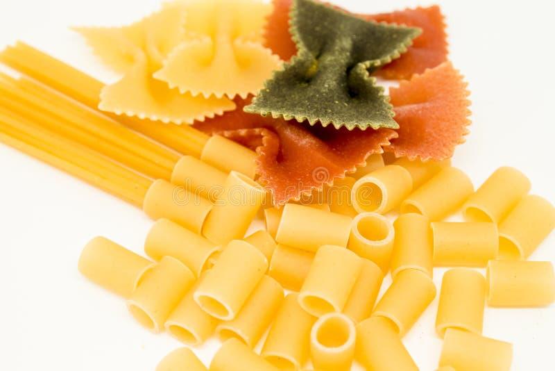Ακατέργαστο μίγμα ζυμαρικών χρώματος στοκ φωτογραφίες