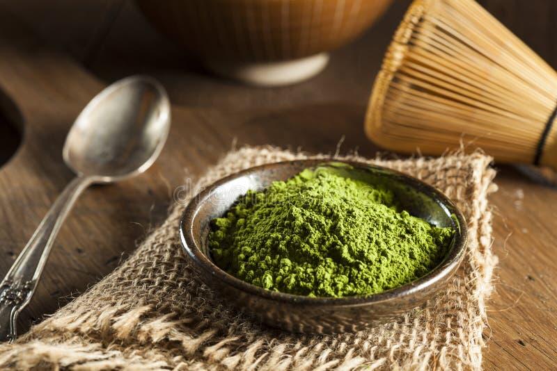 Ακατέργαστο οργανικό πράσινο τσάι Matcha στοκ εικόνες