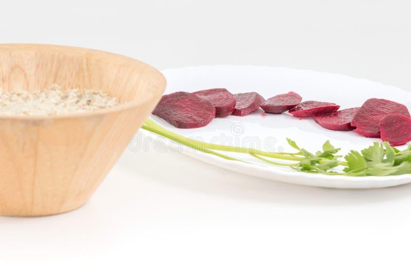 Ακατέργαστο vegan να προετοιμαστεί τροφίμων Ακατέργαστο κύπελλο μπαμπού έννοιας τροφίμων vegan να προετοιμαστεί τροφίμων στοκ φωτογραφία