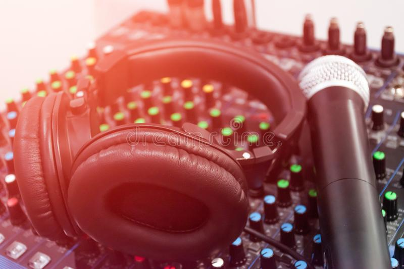 Ακουστικός ήχος αναμικτών διανυσματική απεικόνιση
