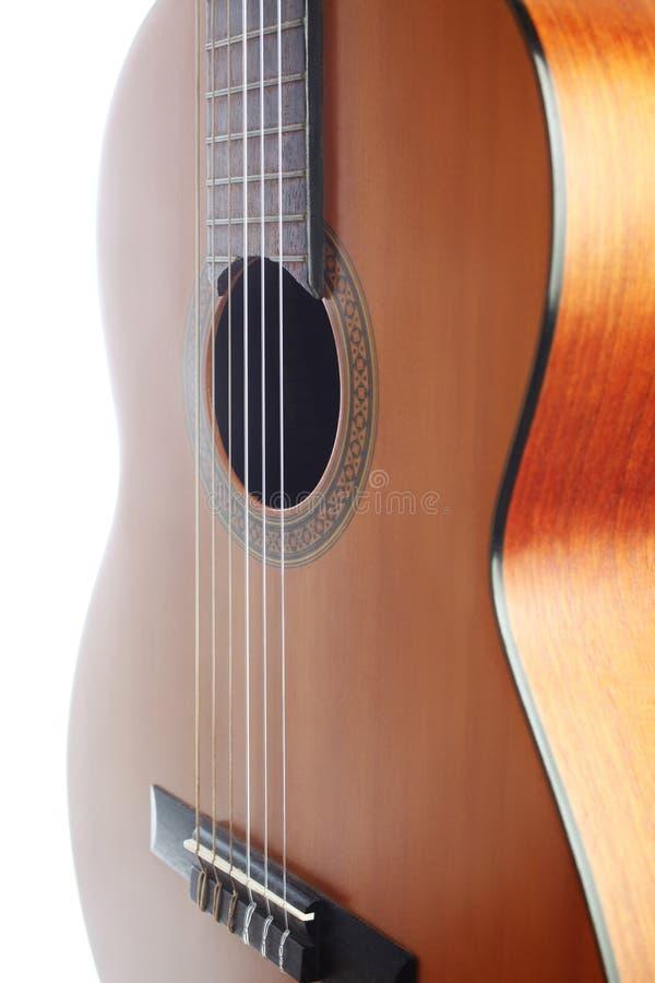 Ακουστικός κιθάρων στενός επάνω κιθάρων σειρών κλασσικός στοκ εικόνα