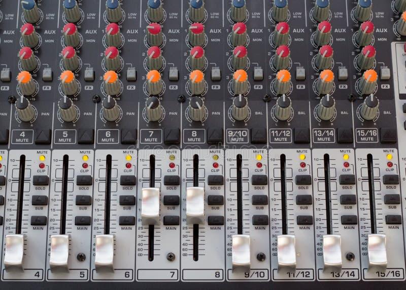 Ακουστικός υγιής φραγμός καταγραφής κονσολών στοκ φωτογραφίες με δικαίωμα ελεύθερης χρήσης