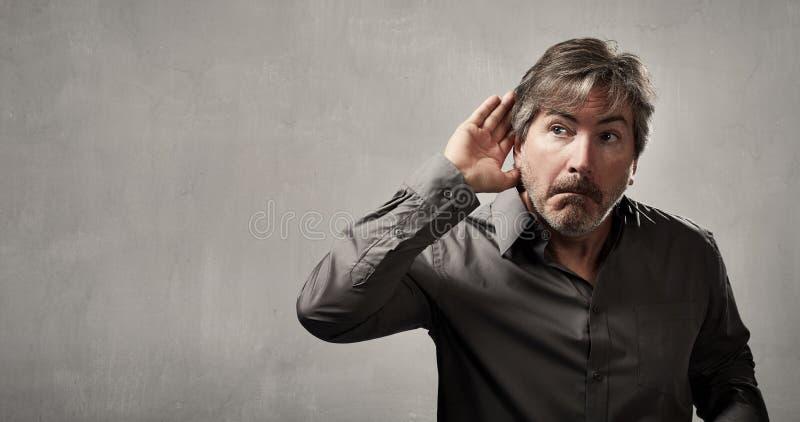 ακούοντας άτομο στοκ εικόνες