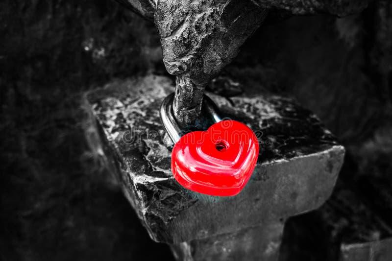 ακούστε το κόκκινο στοκ φωτογραφία με δικαίωμα ελεύθερης χρήσης