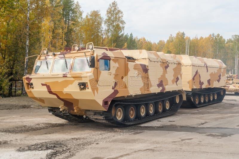 Ακολουθημένος μεταφορέας DT-30P1. Ρωσία στοκ φωτογραφίες με δικαίωμα ελεύθερης χρήσης