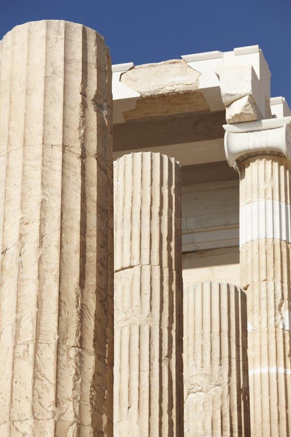 ακρόπολη Αθήνα Σκεπαστή είσοδος πρόσοψης Peisistratus Ελλάδα στοκ εικόνες