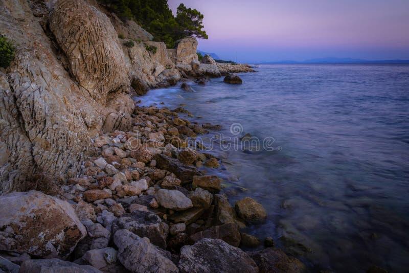 Ακτή ηλιοβασιλέματος στοκ φωτογραφία με δικαίωμα ελεύθερης χρήσης