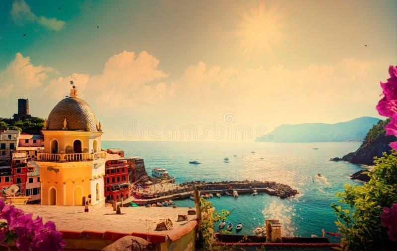 Ακτή της Λιγυρίας τέχνης, Cinque Terre, Ιταλία στοκ φωτογραφίες με δικαίωμα ελεύθερης χρήσης