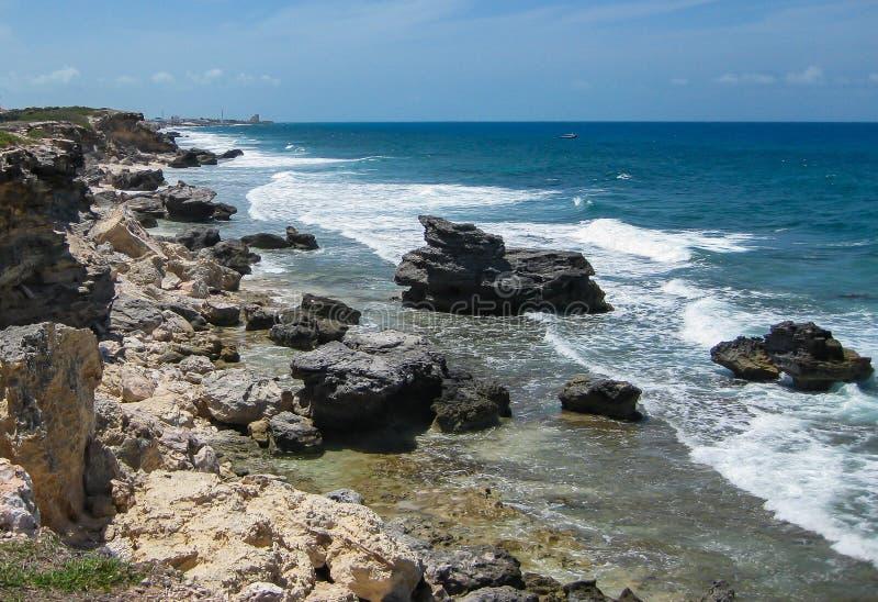Download Ακτή της Isla Mujeres στοκ εικόνα. εικόνα από ακτή, χερσόνησος - 62702159
