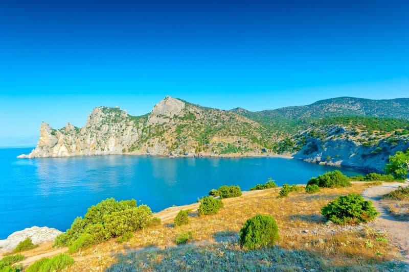 Ακτή των βουνών της Κριμαίας - Karadag στοκ εικόνες με δικαίωμα ελεύθερης χρήσης