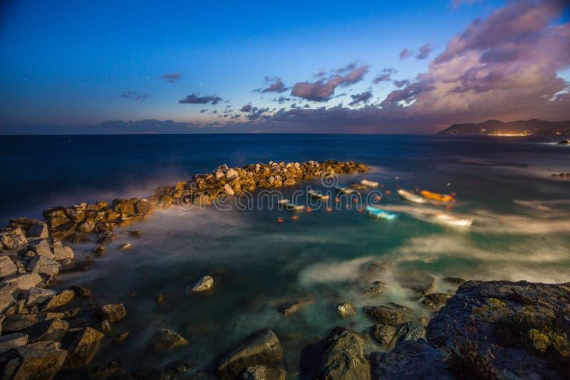 Ακτή Riomaggiore στοκ εικόνες