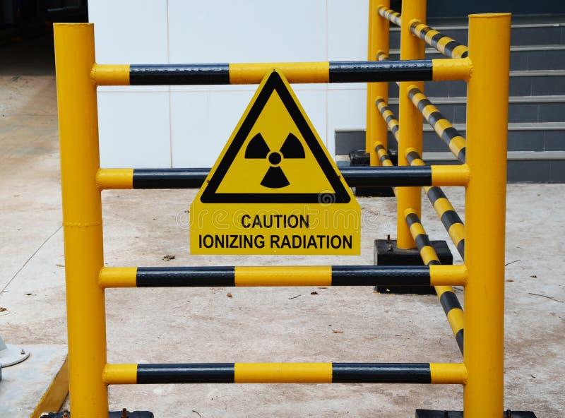 Ακτινοβολία ιονισμού προσοχής στοκ φωτογραφία