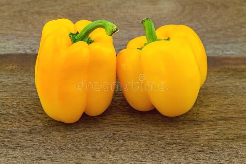 Ακόμα έννοια ζωής ζωηρόχρωμη του φρέσκου γλυκού πιπεριού κουδουνιών (ΚΑΠ στοκ φωτογραφία με δικαίωμα ελεύθερης χρήσης