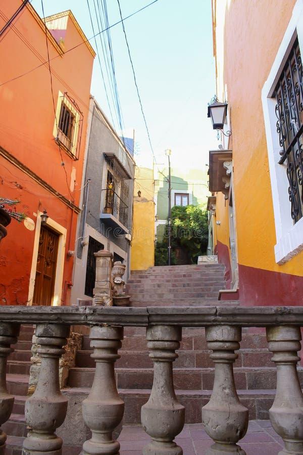 Αλέα της πόλης Guanajuato στοκ εικόνα