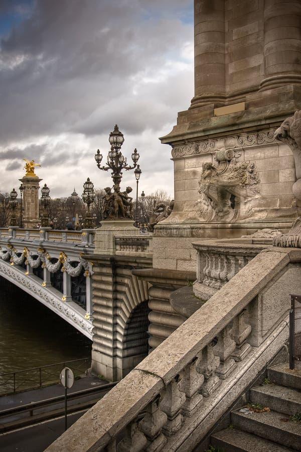 Αλέξανδρος η τρίτη γέφυρα στο Παρίσι στοκ εικόνες