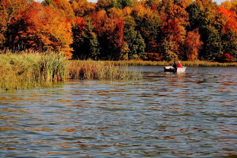 αλιεία πτώσης χρωμάτων στοκ εικόνες