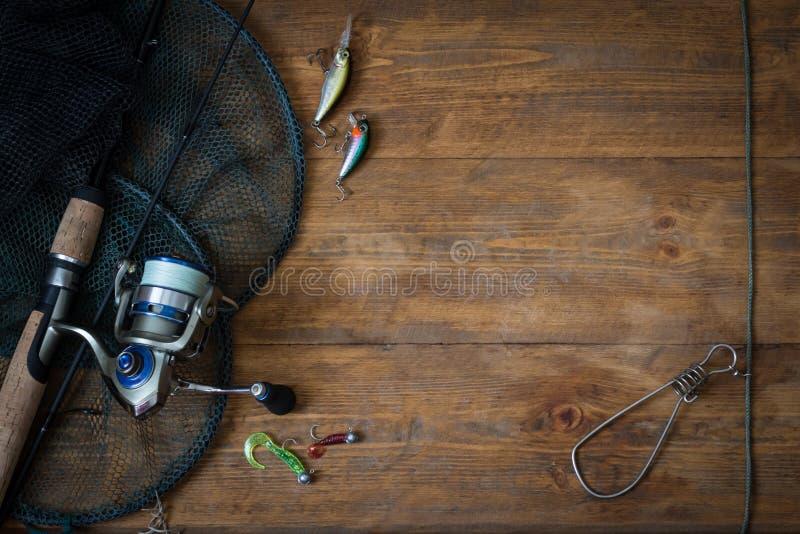 Αλιεύοντας τον εξοπλισμό - περιστροφή αλιείας στοκ εικόνες
