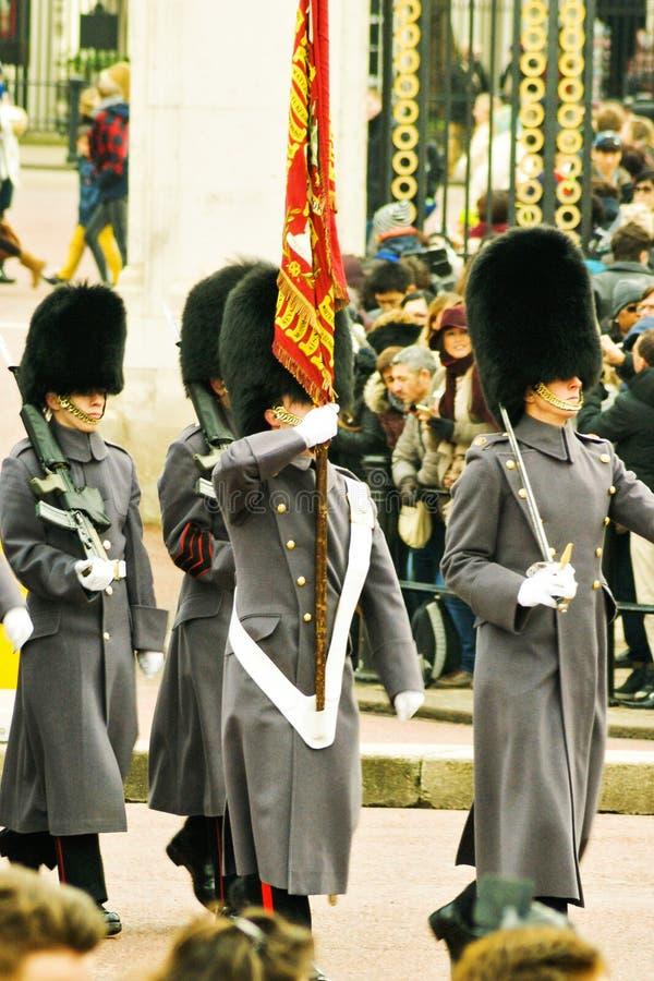 Αλλαγή των φρουρών το χειμώνα στοκ εικόνες