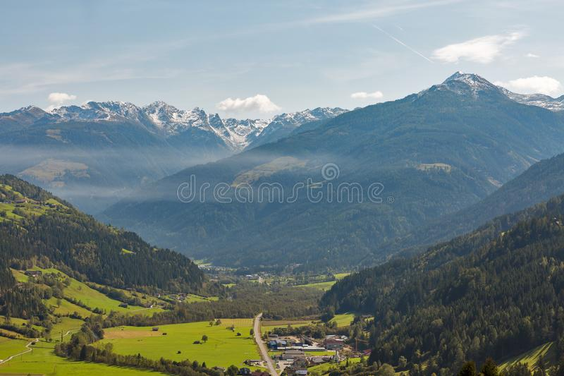 Αλπικό αγροτικό τοπίο σε δυτικό Carinthia, Αυστρία στοκ φωτογραφία με δικαίωμα ελεύθερης χρήσης