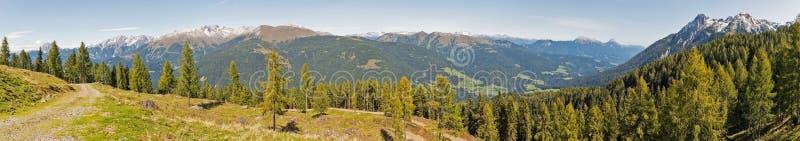 Αλπικό πανόραμα τοπίων σε δυτικό Carinthia, Αυστρία στοκ εικόνα με δικαίωμα ελεύθερης χρήσης
