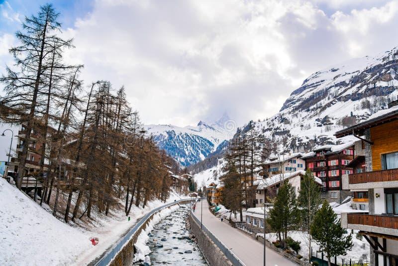 Αλπικό τοπίο με την αιχμή Matterhorn στοκ φωτογραφίες με δικαίωμα ελεύθερης χρήσης