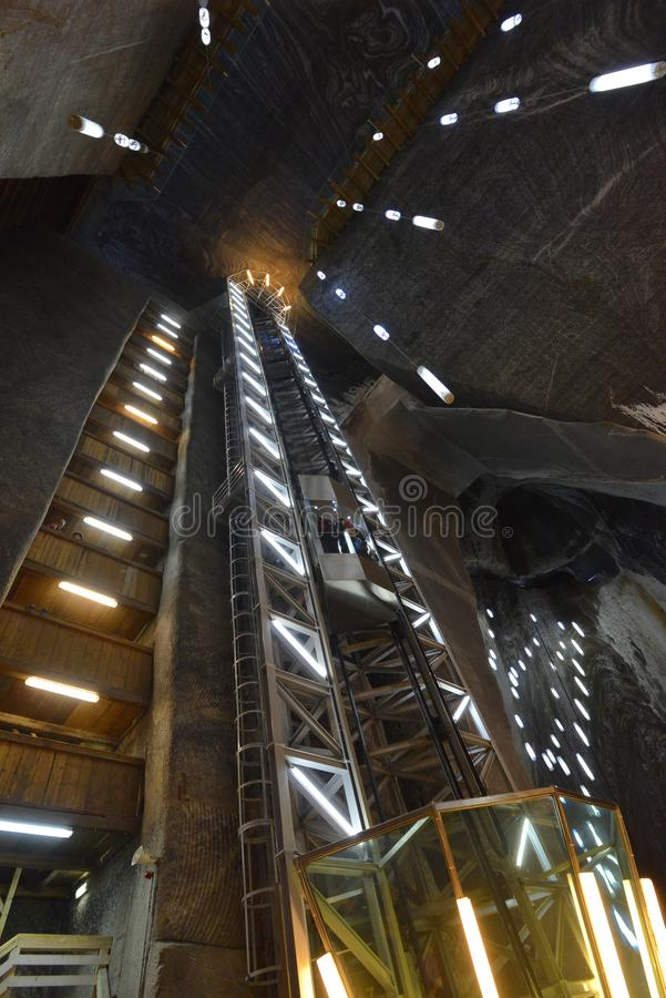 Αλυκή Turda στοών αλατισμένου ορυχείου στη Ρουμανία στοκ εικόνα
