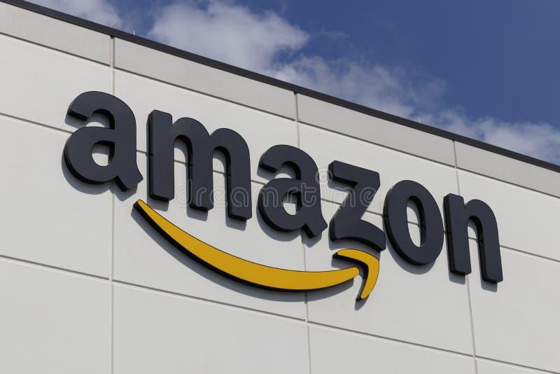 Αμαζόνιος που λαμβάνει το κέντρο ambassadorship η COM είναι ο μεγαλύτερος Διαδίκτυο-βασισμένος λιανοπωλητής στις ΗΠΑ και γιορτάζε στοκ εικόνες με δικαίωμα ελεύθερης χρήσης