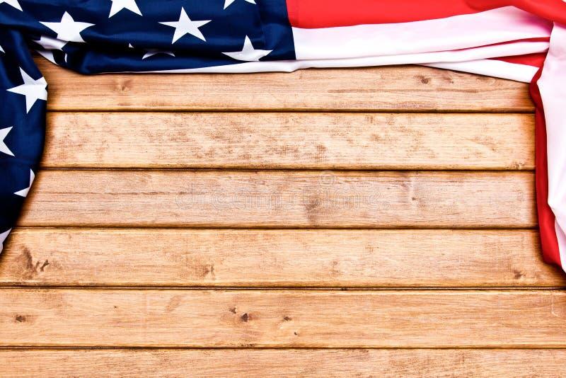 Αμερικάνικο ξύλινο φόντο Σημαία Των Ηνωμένων Πολιτειών Της Αμερικής Το μέρος για διαφήμιση, πρότυπο Η προβολή από επάνω στοκ εικόνες