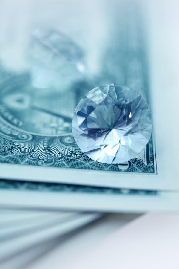 Download αμερικανικά δολάρια Brilliants Στοκ Εικόνες - εικόνα από πληρώστε, σημειώσεις: 17056622