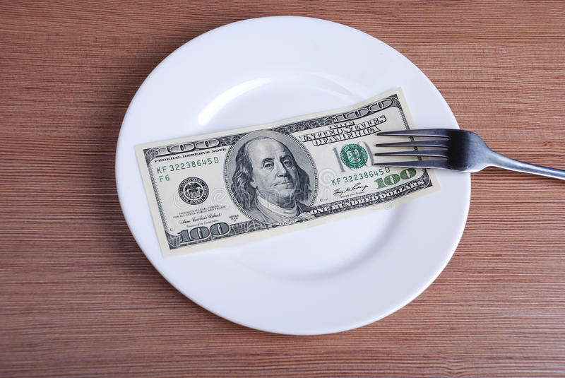 Αμερικανικά χρήματα αμερικανικών δολαρίων στο άσπρο πιάτο στοκ εικόνες