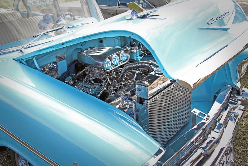 Αμερικανική μηχανή χρωμίου chevrolet στοκ εικόνες