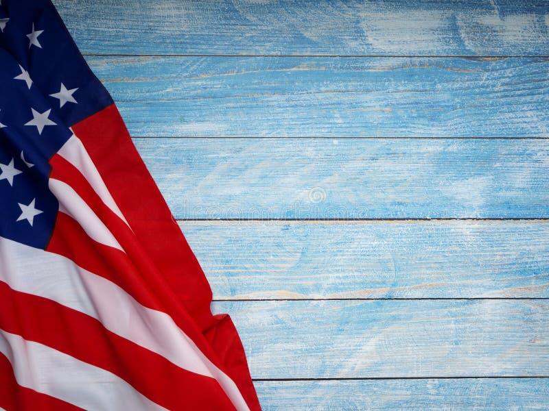 Αμερικανική σημαία μπλε σε ξύλινο στοκ φωτογραφίες με δικαίωμα ελεύθερης χρήσης