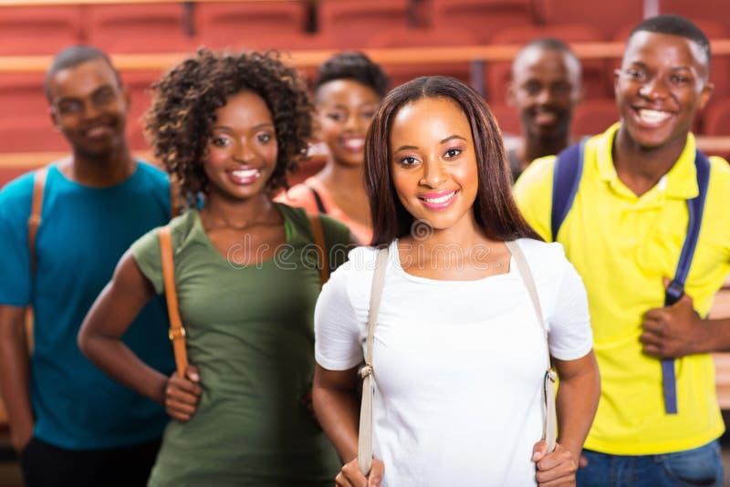 Αμερικανικοί σπουδαστές afro ομάδας στοκ εικόνες με δικαίωμα ελεύθερης χρήσης