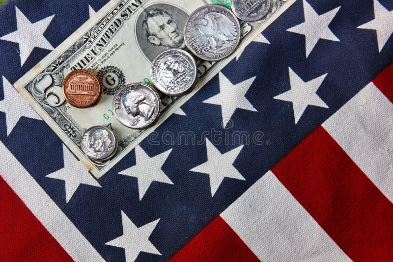 Αμερικανικό τραπεζογραμμάτιο Αμερικανικές κυκλοφορημένες χρήματα παγκόσμιες άγρια περιοχές χρήματα για την πληρωμή, αποταμίευση,  στοκ φωτογραφία με δικαίωμα ελεύθερης χρήσης