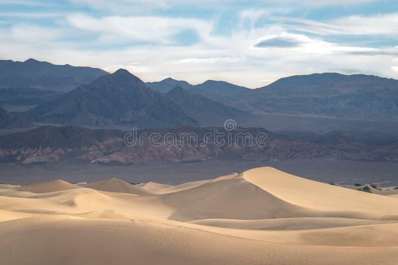 Αμμόλοφοι άμμου στην κοιλάδα 2 θανάτου στοκ εικόνες με δικαίωμα ελεύθερης χρήσης