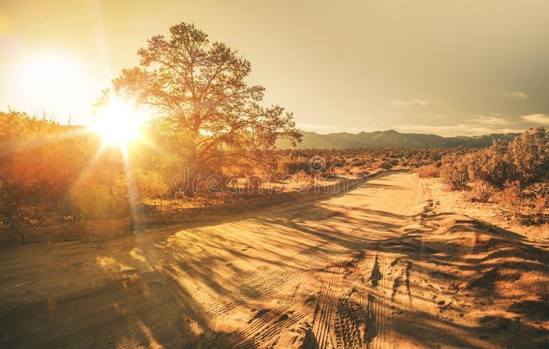 Αμμώδης εθνική οδός στοκ εικόνα με δικαίωμα ελεύθερης χρήσης