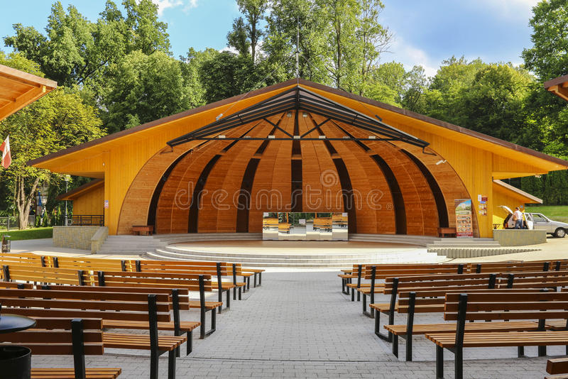 Αμφιθέατρο σε Rabka Zdroj, Πολωνία στοκ εικόνες