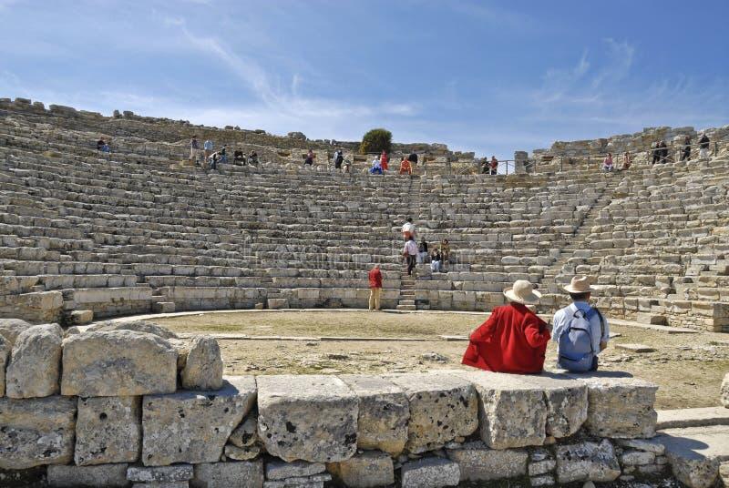 Αμφιθέατρο σε Segesta Σικελία στοκ φωτογραφία με δικαίωμα ελεύθερης χρήσης
