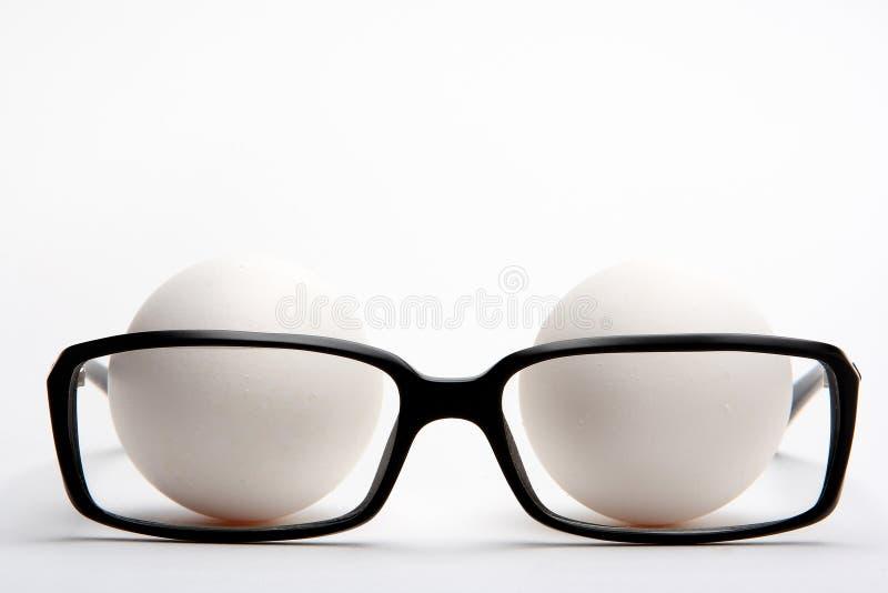 ανάγνωση γυαλιών αυγών στοκ εικόνα