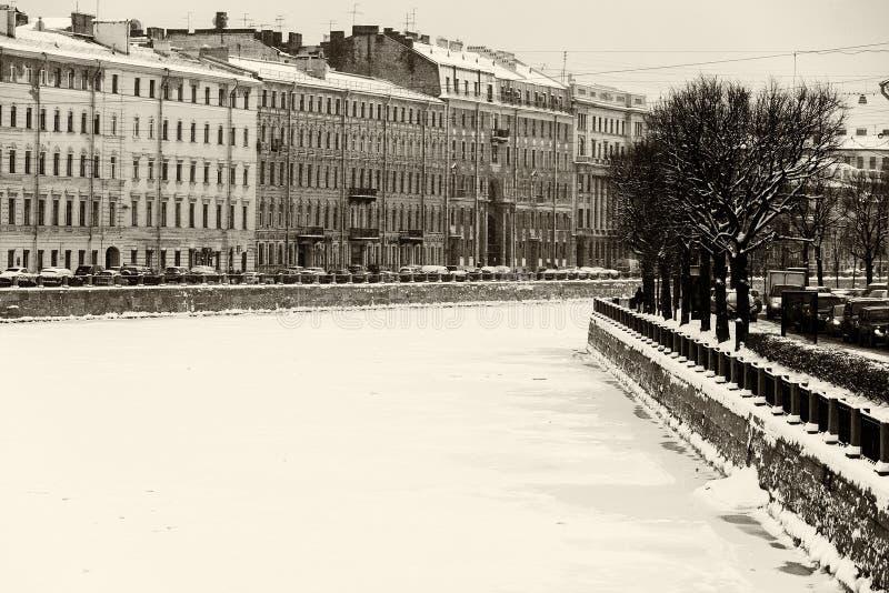 Ανάχωμα ποταμών της Αγία Πετρούπολης Fontanka στοκ φωτογραφία με δικαίωμα ελεύθερης χρήσης