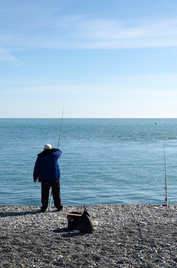 Ανάχωμα της Μαύρης Θάλασσας Και ψαράδες στοκ φωτογραφία με δικαίωμα ελεύθερης χρήσης