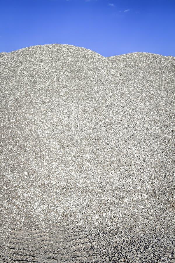 Ανάχωμα της συντριμμένης πέτρας στοκ φωτογραφία με δικαίωμα ελεύθερης χρήσης