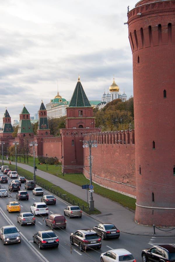 Ανάχωμα Kremlevskaya στη Μόσχα Κρεμλίνο στοκ εικόνες με δικαίωμα ελεύθερης χρήσης