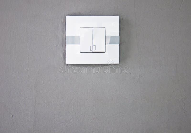 Ανάψτε έναν γκρίζο τοίχο στοκ εικόνες