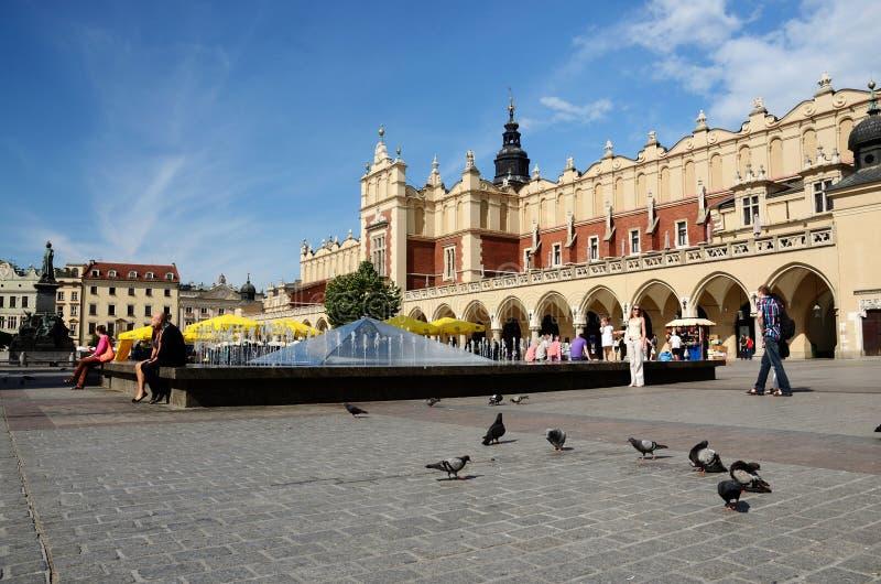 Αναγέννηση Sukiennice γνωστό επίσης ως αίθουσα υφασμάτων στην Κρακοβία, Πολωνία στοκ εικόνες