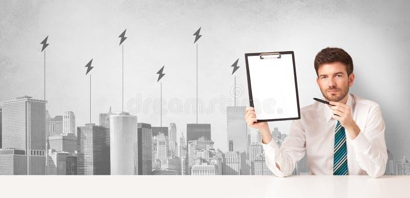 Αναγγέλλων που παρουσιάζει την κατανάλωση ενέργειας πόλεων στοκ εικόνες με δικαίωμα ελεύθερης χρήσης
