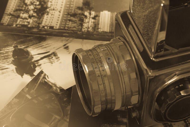 Αναδρομικό μέσο σχήμα καμερών στοκ φωτογραφία με δικαίωμα ελεύθερης χρήσης