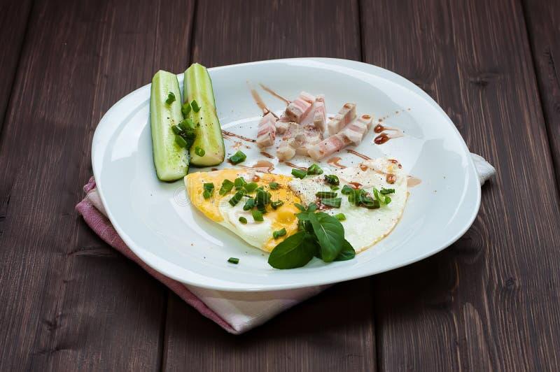 Ανακατωμένα αυγά και λαχανικά στοκ φωτογραφίες με δικαίωμα ελεύθερης χρήσης