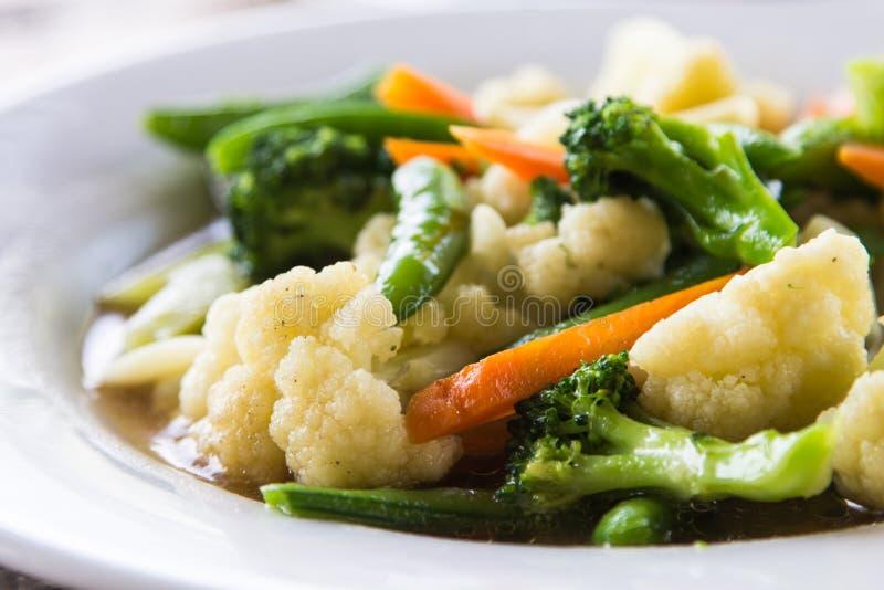 Ανακατώνω-τηγανισμένα μικτά λαχανικά στοκ εικόνες με δικαίωμα ελεύθερης χρήσης