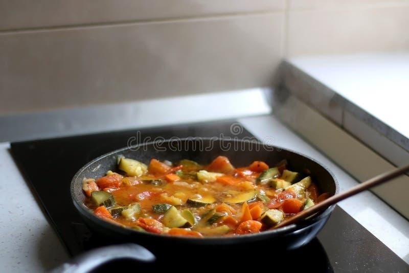 Ανακατώστε τα λαχανικά τηγανητών στοκ εικόνα